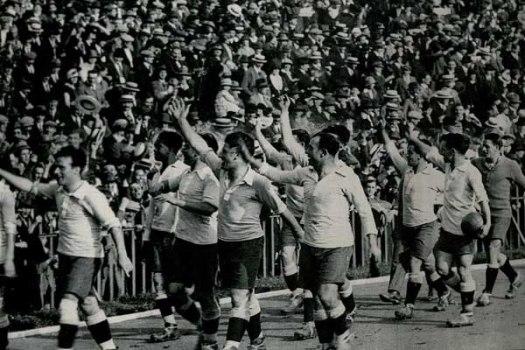 uruguay-vuelta-olimpica